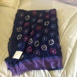 Vera Bradley Accessories - SOLD -NWT Vera Bradley fringe scarf Ellie Flowers